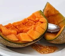 12 Health Benefits of Cantaloupe, According to Science (+6 Delicious Recipes)